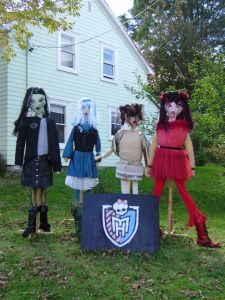 Mahone Bay Scarecrows