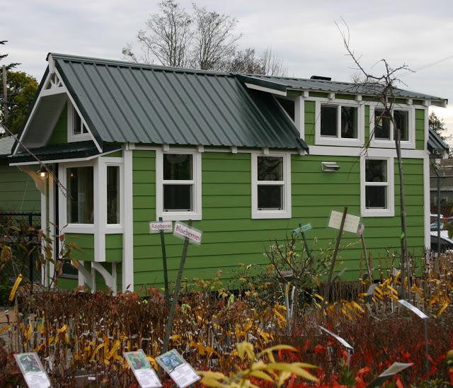 Tiny Home Designs: Custom Built Tiny Houses And The Builders Who Make Them