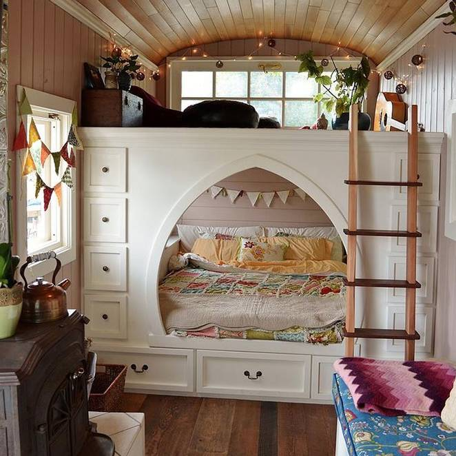 Homeschool Room Ideas Small Spaces: School Bus Conversion To Gorgeous Tiny House