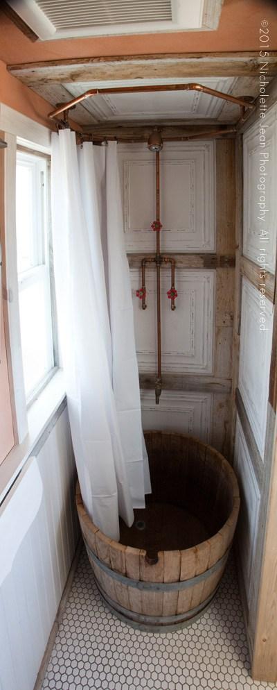 tiny house shower