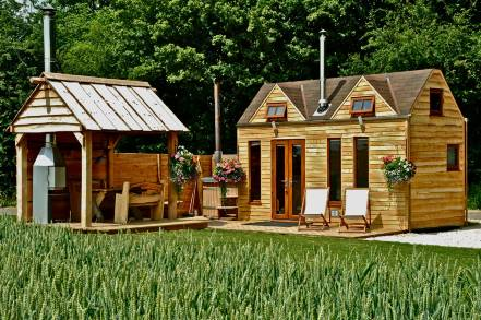 tiny wood homes uk