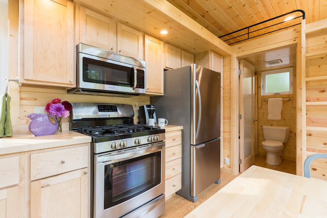 escaper traveler xl tiny house on wheels