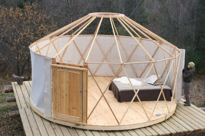 yurt canvas exterior