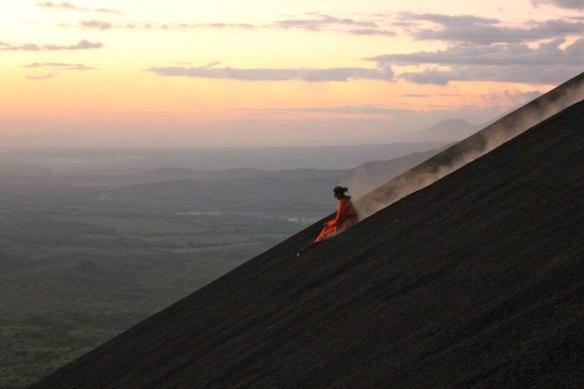 why-nicaragua_volcano-boarding