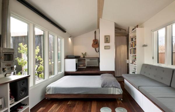 Minim tiny house with no sleeping loft