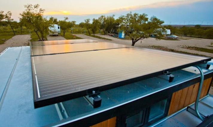 tiny house photovoltaic panels