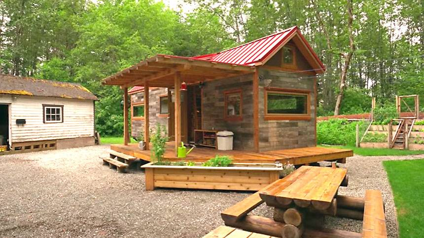 tiny house living for families